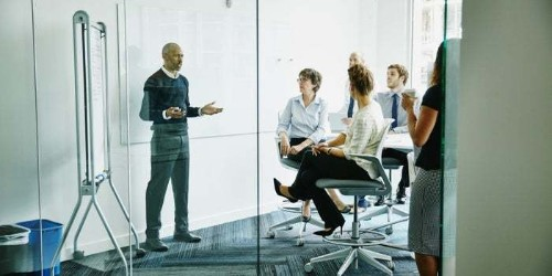 These 4 Old-School Leadership Principles Still Ring True Today