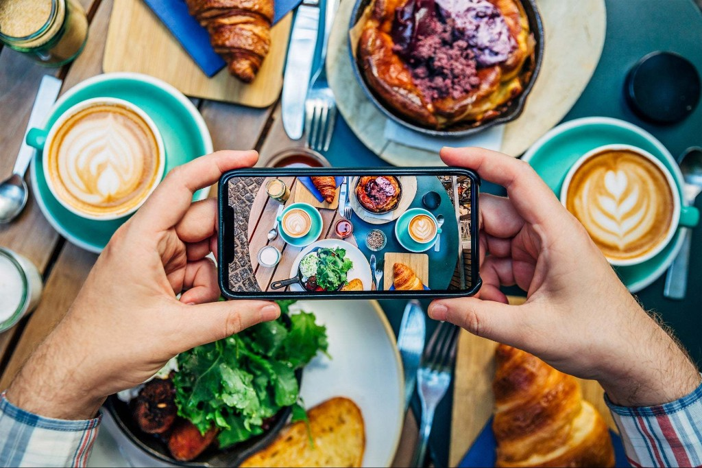 Could You Be Making (or Multiplying) Your Income With Instagram?