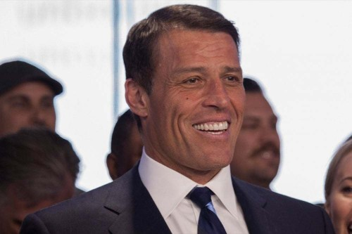 9 Powerful Tony Robbins Quotes That Will Redefine Your Quest for Success