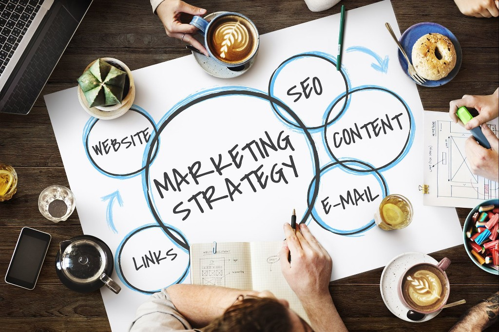 Free Webinar   April 3: Creative Marketing to Promote Your Business NOW in Uncertain Times