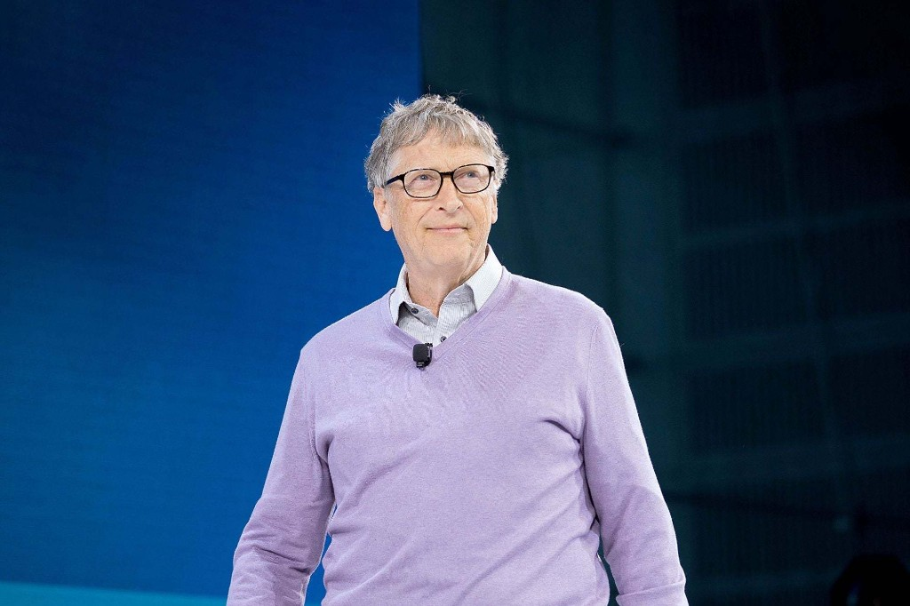 9 Billionaires Who Are Stepping Up During the Pandemic