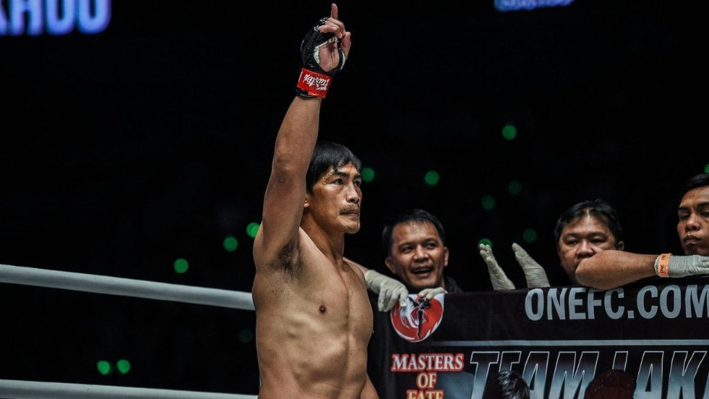 Eduard Folayang brushes aside reports of decline: 'Only carabaos get old'