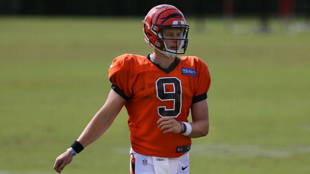 NFL training camp 2020: Bengals' Joe Burrow aces scrimmage; NFL reacts to Ron Rivera's cancer diagnosis