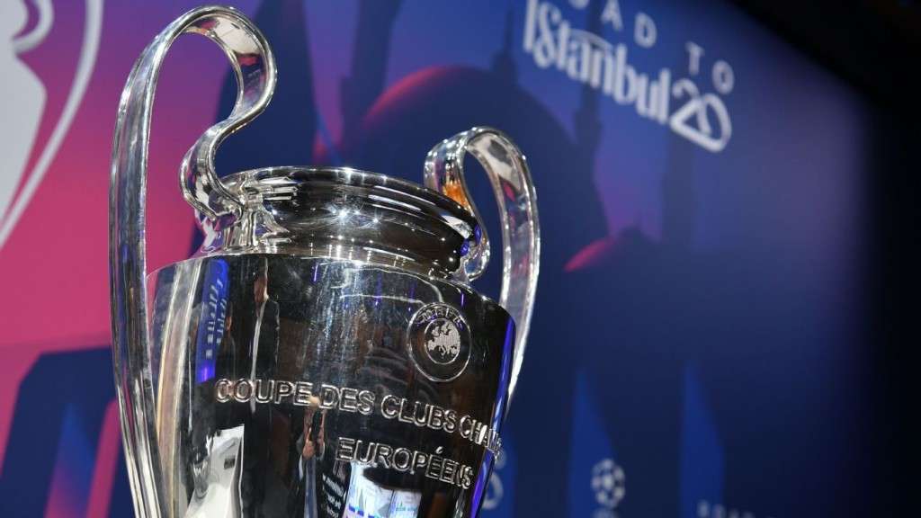 Champions League, UEL suspended over virus