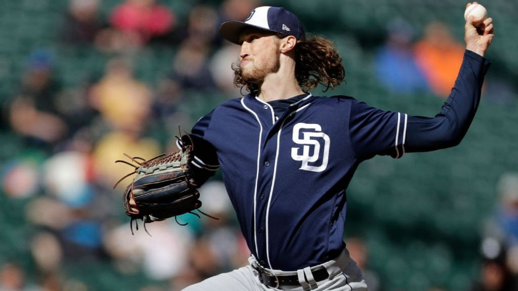 Padres lefty Strahm to undergo knee surgery