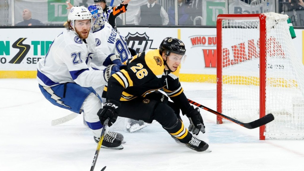 Bruins, Lightning, Golden Knights co-favorites to win Stanley Cup in potential NHL restart