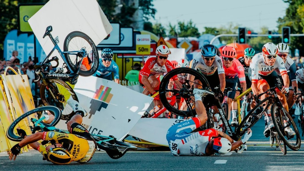 Gronewegen gets nine-month ban after crash