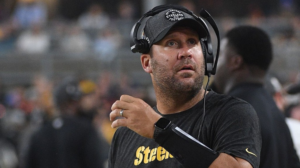 Sources: NFL fines Ben Roethlisberger $5,000 for wearing Apple Watch on Steelers' sideline