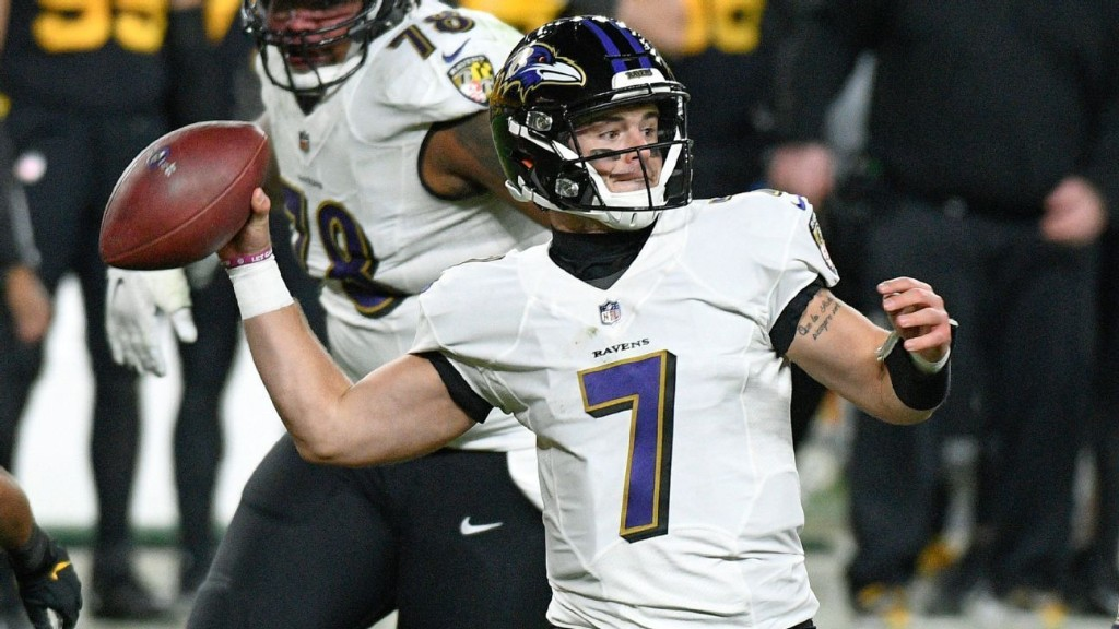 Baltimore Ravens down to just Trace McSorley at QB after Robert Griffin III hits IR