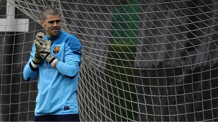Sources: Victor Valdes close to 18-month deal with Manchester United
