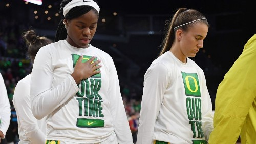 Ducks' Ionescu, Hebard among Wooden finalists