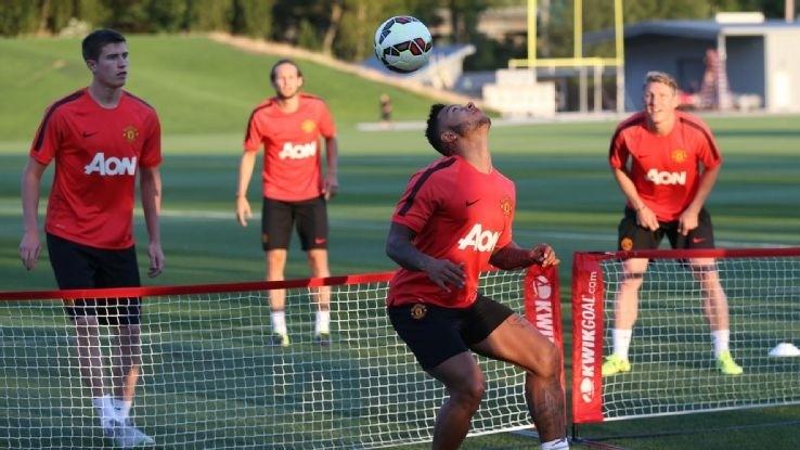 Victor Valdes has no future at Manchester United - Van Gaal