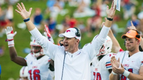 Why a coach with a 14-22 record just got a big promotion