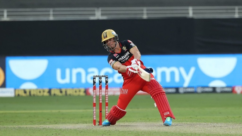 Why would you hold back AB de Villiers from facing two uncapped leggies?