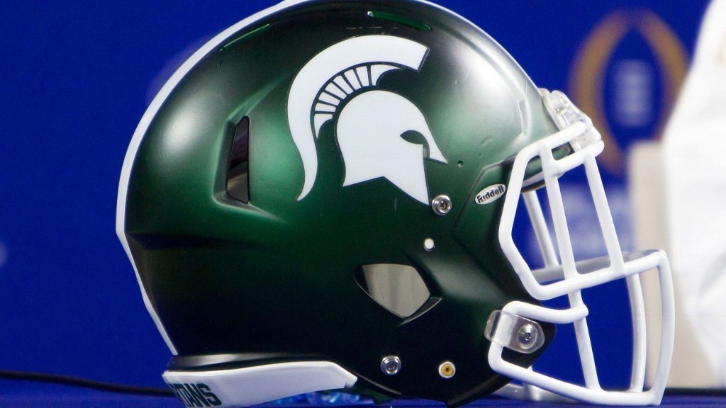 Tom Yewcic, two-sport star for Michigan State, dies at 88