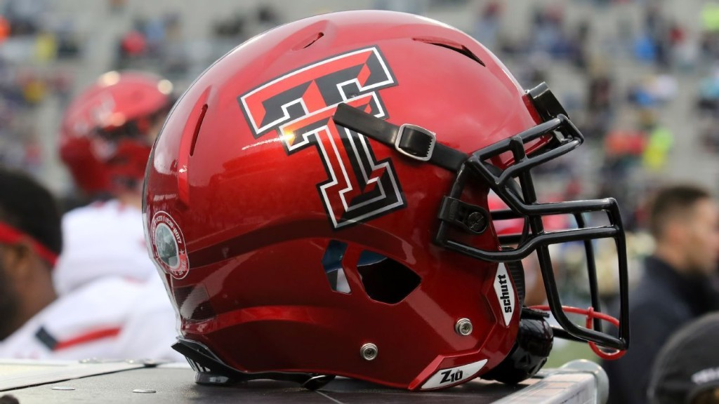 Texas Tech director of football operations Tommy McVay dies at 76
