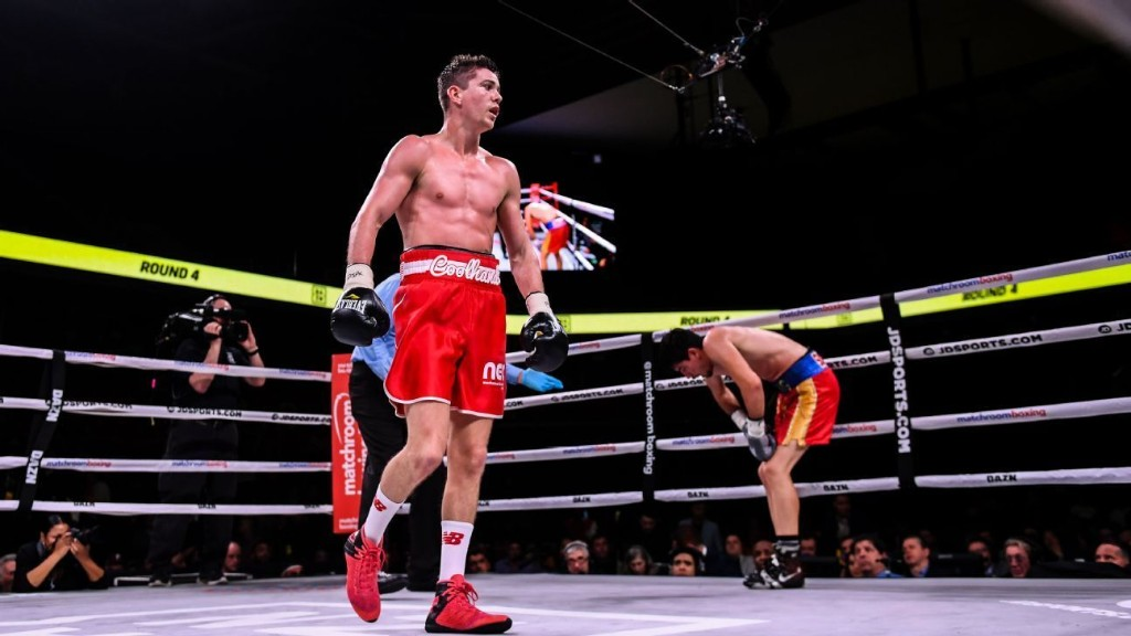 Campbell, Garcia agree to lightweight title fight