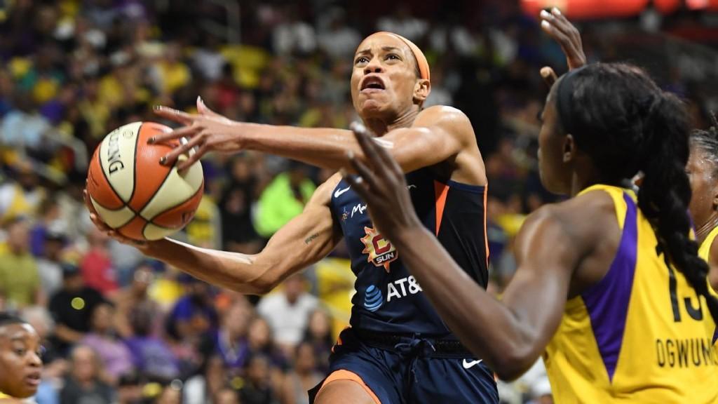 Connecticut sweeps L.A. to reach first WNBA Finals since 2005