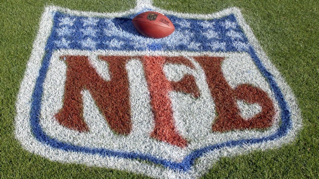 NFL refs who opt out get $30K stipend, job in '21