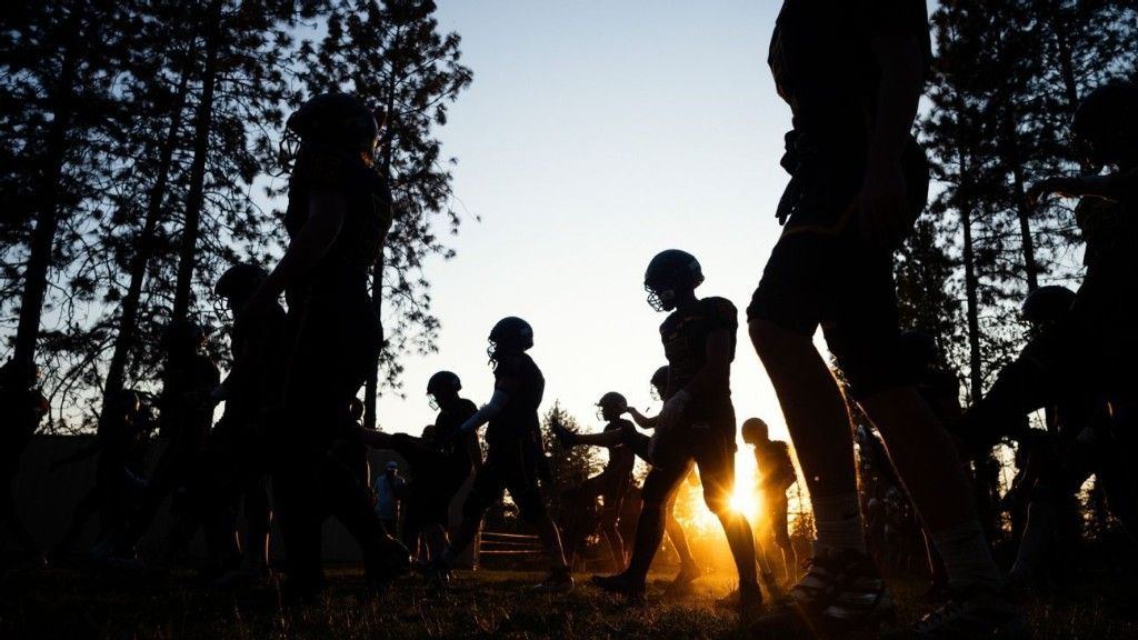 After devastating fires, Paradise football team gives a community hope