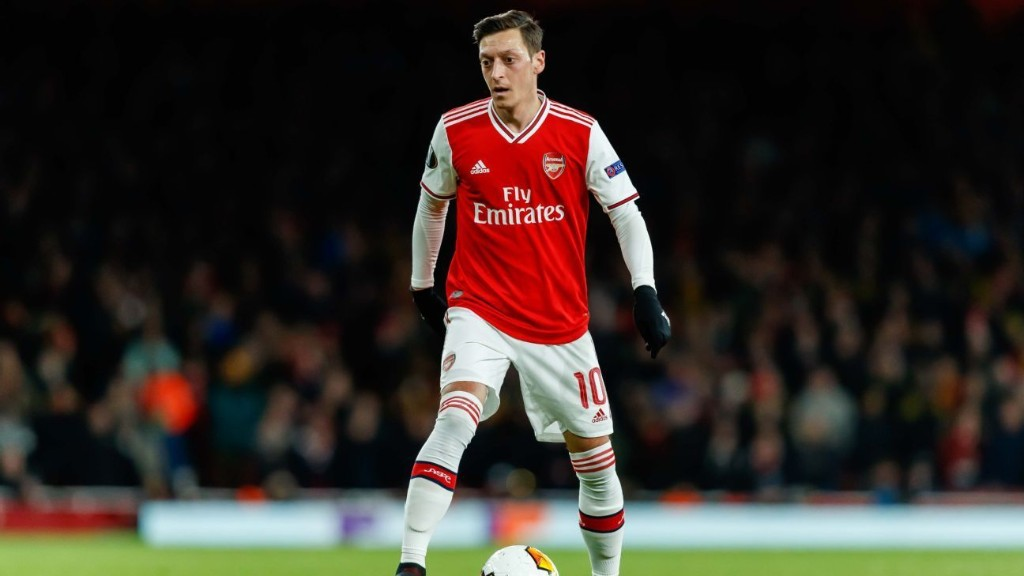 Arsenal's Ozil blasts club's lack of loyalty after Premier League axe