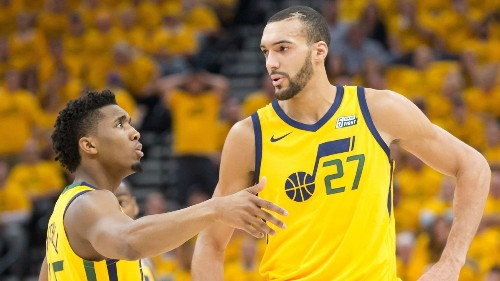 Sources: Mitchell now 2nd Jazz player with virus