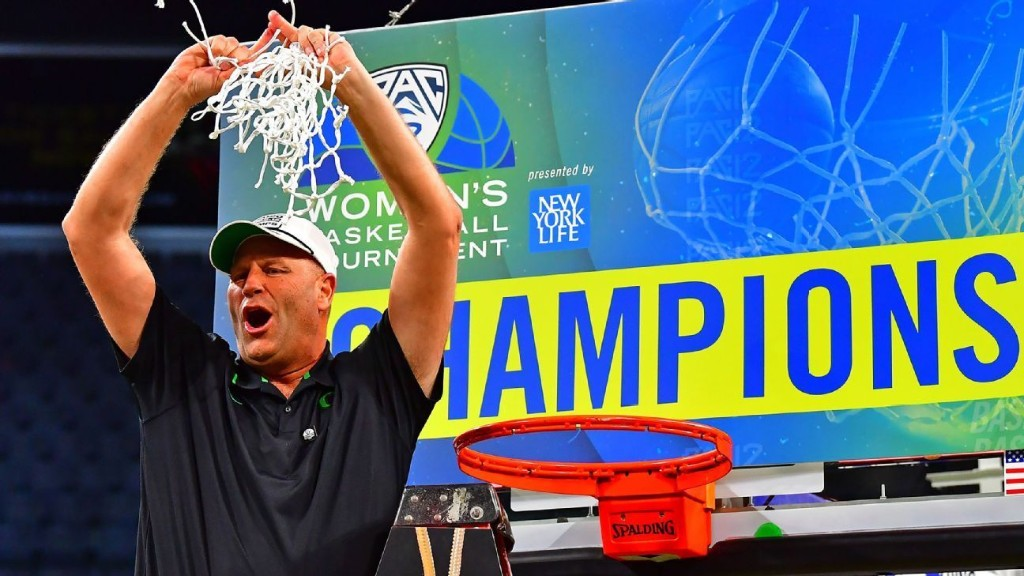 NCAA title dreams diverted for Oregon coach Kelly Graves and son