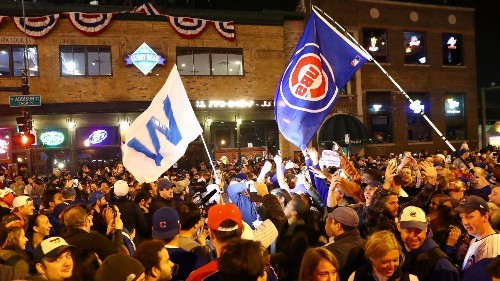 Rockin' Wrigley: Cubs faithful celebrate pennant