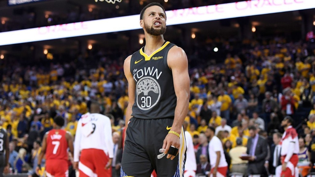 When the lights go down in the town: Warriors might have seen Oracle for last time