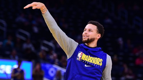Kerr: Curry 'gaining strength,' but still no contact