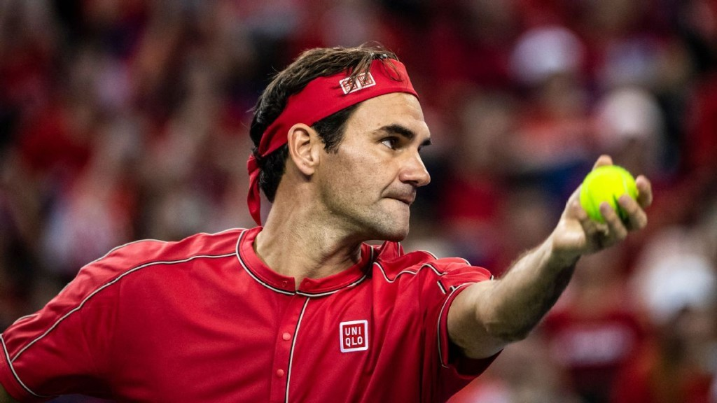 Federer ranked by Forbes as sports' top earner