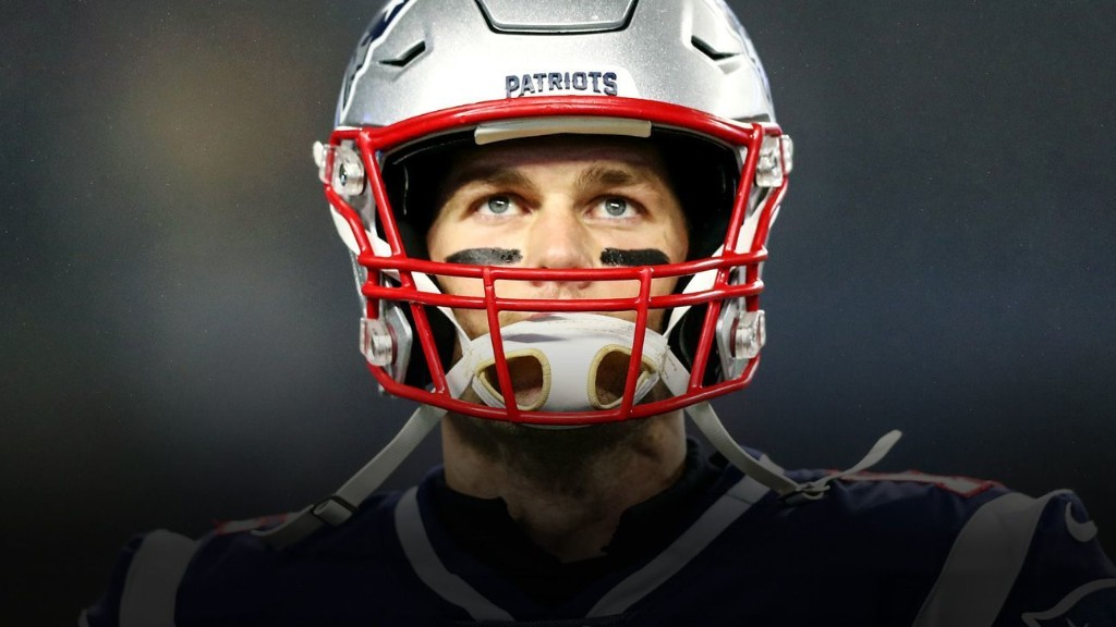 Weighing Tom Brady's contract options: Will he stay in New England or go?