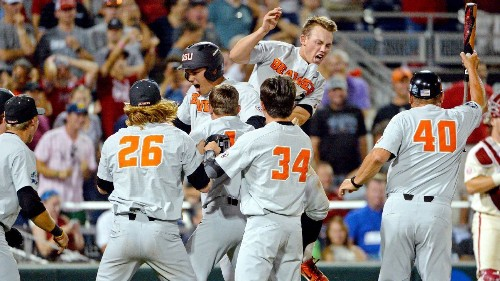 Larnach's blast in 9th helps Beavers even CWS