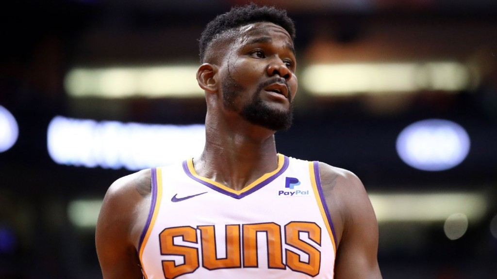 Ayton: Suns welcome doubters in playoff chase