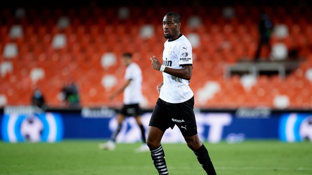 Atletico close to Kondogbia signing as replacement for Partey - sources