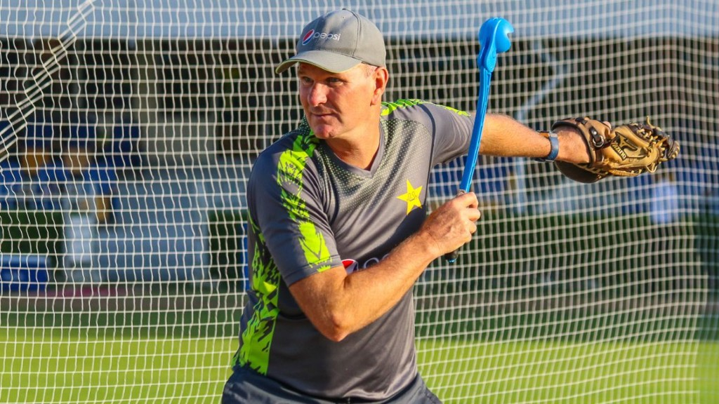 Bradburn looks to revolutionise Pakistan's coaching structure