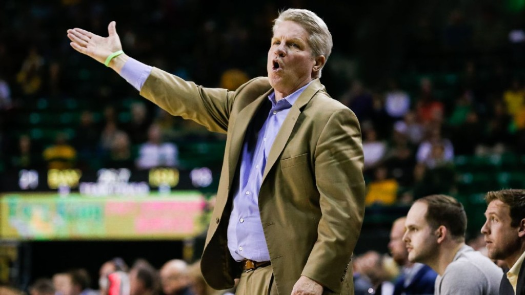 Iowa State women's basketball coach Bill Fennelly to miss start of season while in quarantine