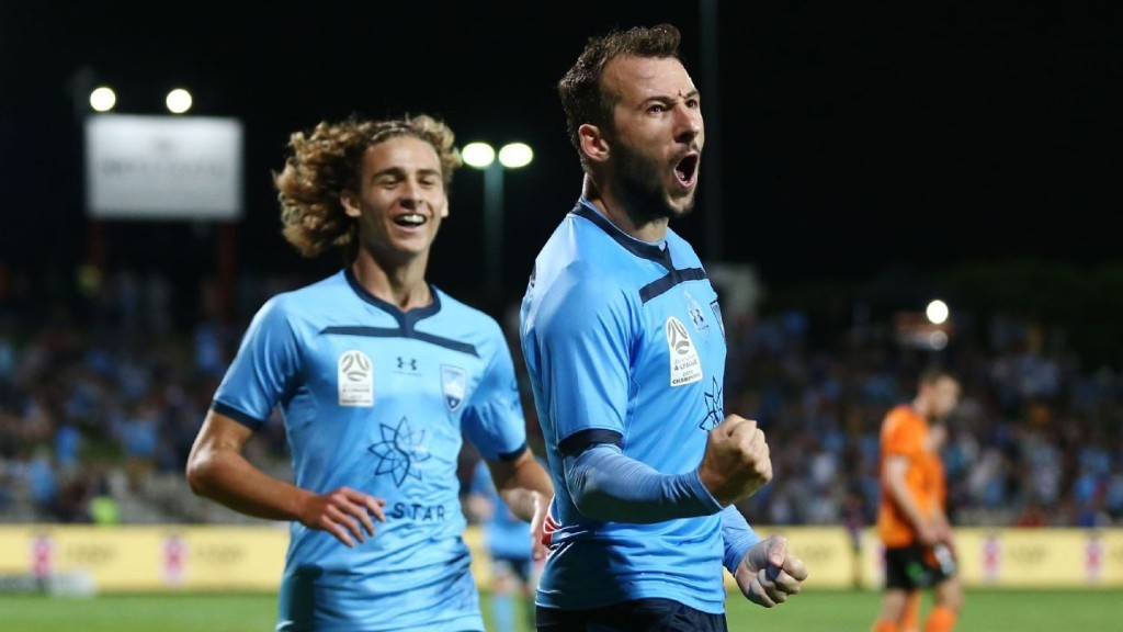 A-League review: Sydney FC dominating in the heat