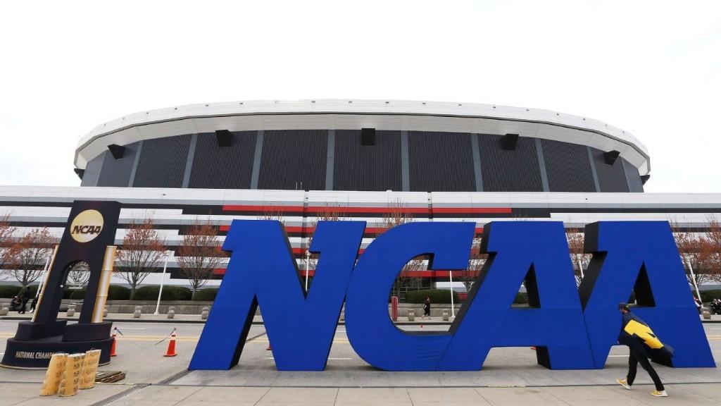NCAA again extends recruiting dead period, now through July 31