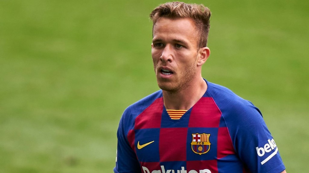 Barcelona to discipline Arthur ahead of Juventus move - president