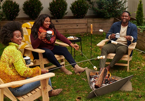 Your Get-Cozy-Quick Guide to Socializing Outside