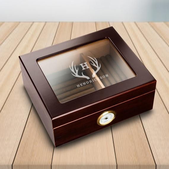 Personalized Glass Top Cigar Humidor - Engraved Humidor - Personalized Humidor Monogrammed Humidor - Gifts for Men - Groomsmen Gifts - RO154