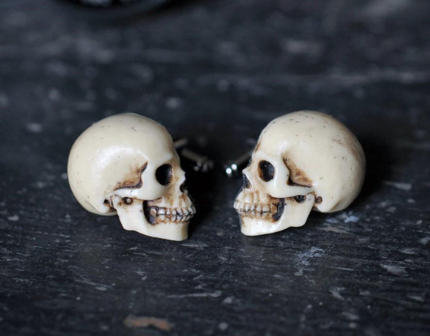 Goth Chic Accessories - Magazine cover