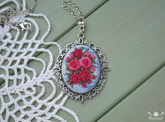 Roses pendant necklace Nature embroidery jewelry Garden necklace Gift for women Hot pink flower pendant Modern embroidery art Floral jewelry