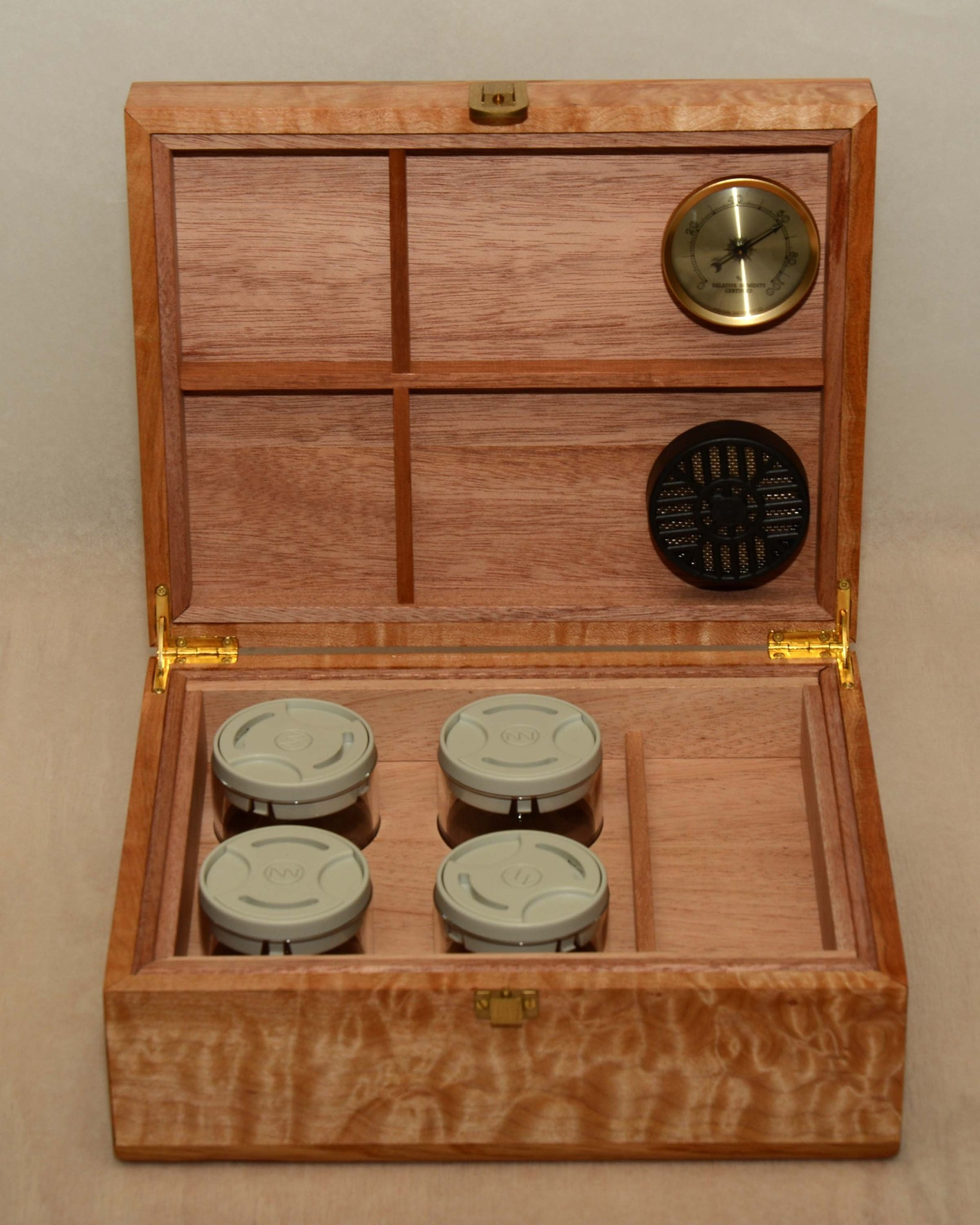 Cannabis Humidor  - Cover