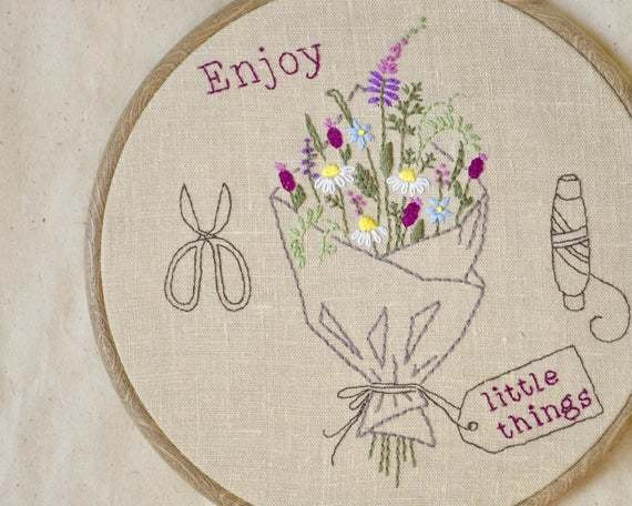 Embroidery pattern • Hand embroidery • PDF • Mother's day gift • Wildflower bouquet • Flower embroidery • DIY • gardener gift • NaiveNeedle