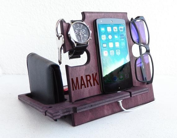 Personalized phone docking station