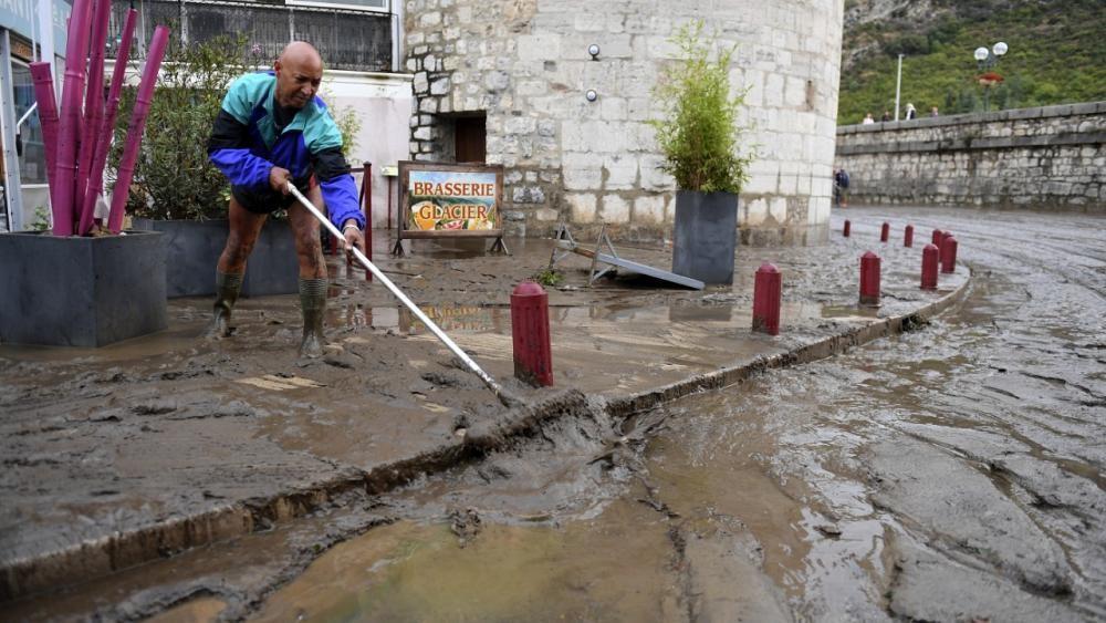 شاهد: أمطار غزيرة تتسبب بفيضانات جنوب شرقي فرنسا