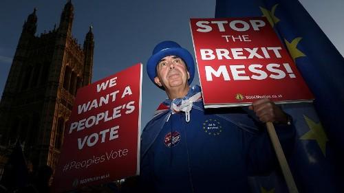 Brexit: rendkívüli kormányülés lesz Londonban