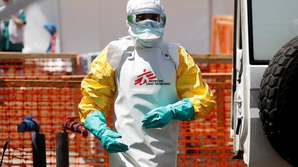 The Brief from Brussels: Ebola, Kongo, Terrorismus, Notrufnummer 112